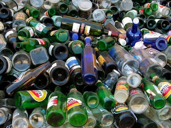 Glass expert recycling with recycle uk